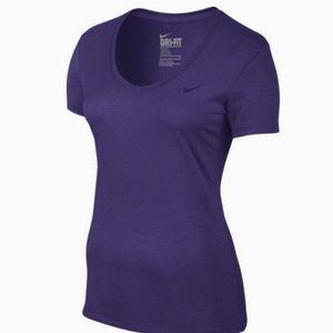 Nike Legend Women's Short Sleeve V-Neck Shirt